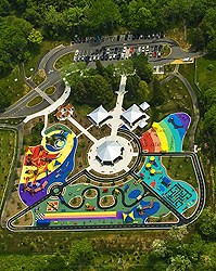 Aerial depiction of Clemyjontri Park.